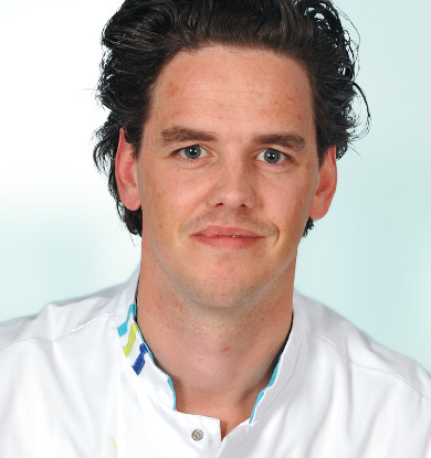<strong>Erik Theunisse</strong> </br>KNO arts
